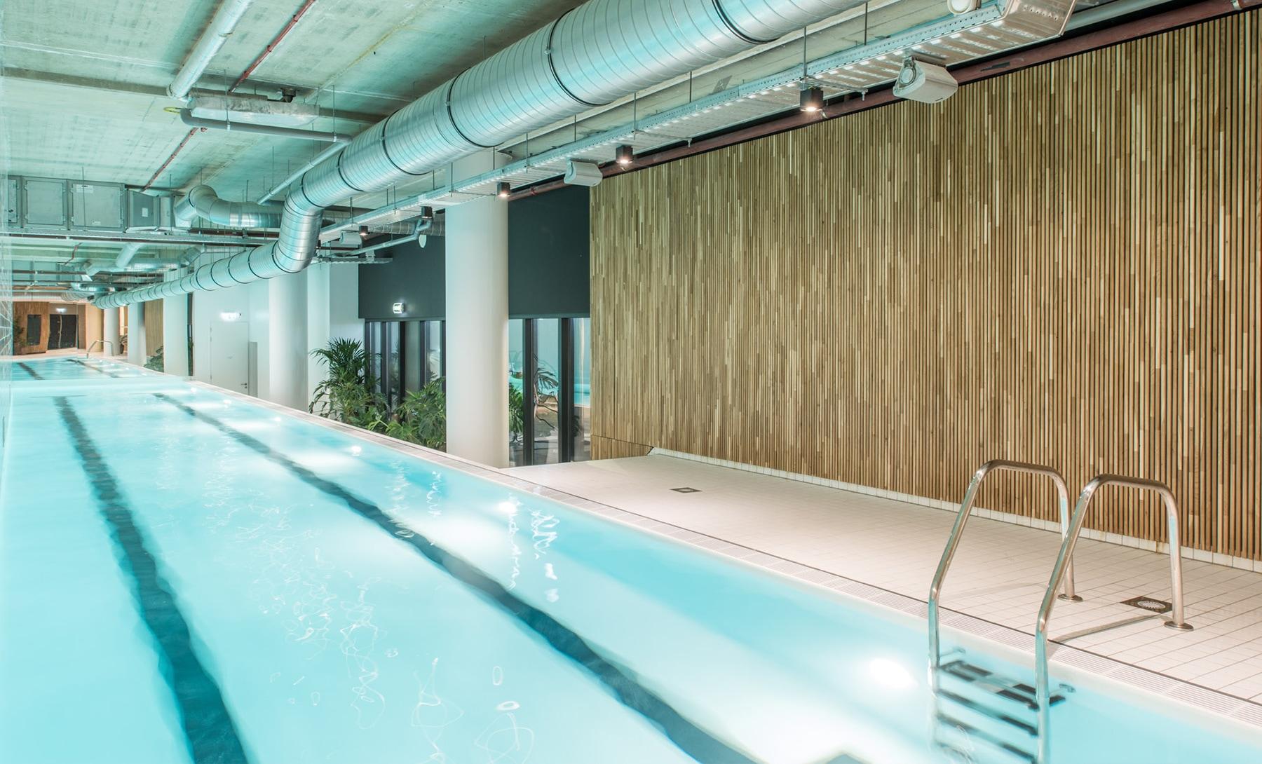 Luxe villa tuinen zwembad tuin vakantiehuis in vrh huren